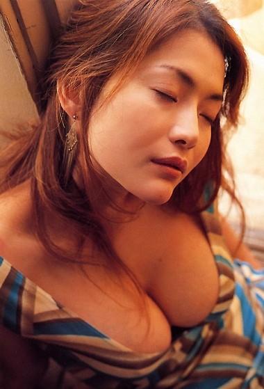 青田典子オールヌード画像_33