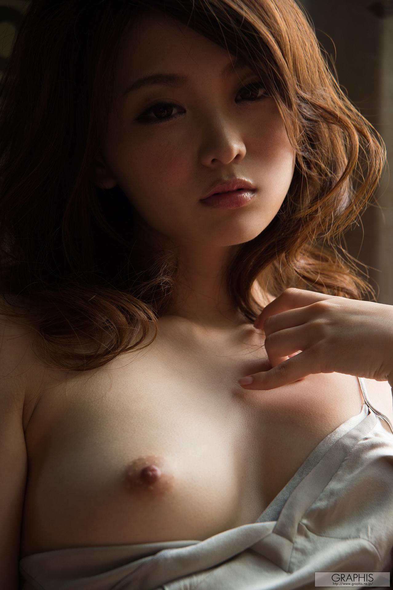Naked milf lesbian sex