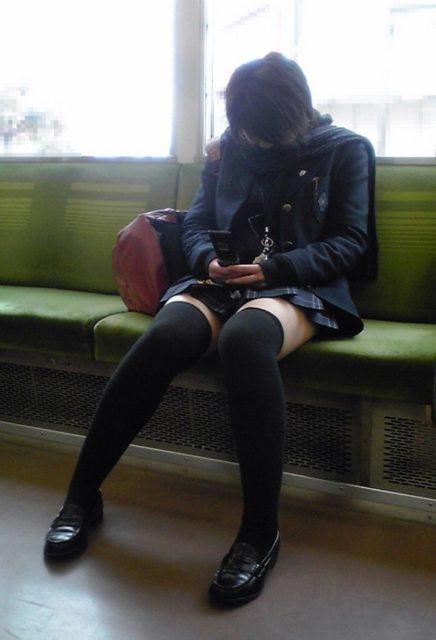 ニーソックス 街撮り画像006