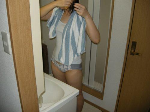 素人風呂上り 画像048