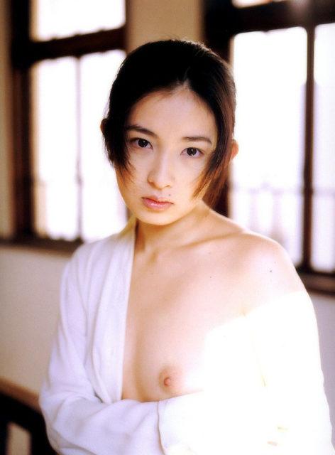 菅野美寿紀 画像060