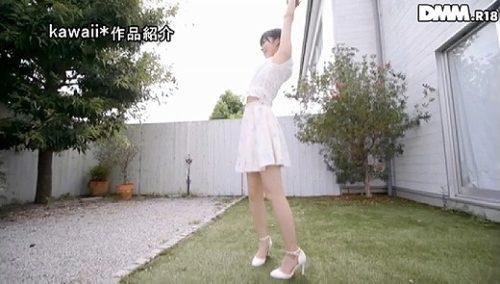 鮎川柚姫 画像013