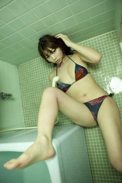 小泉麻耶 画像039