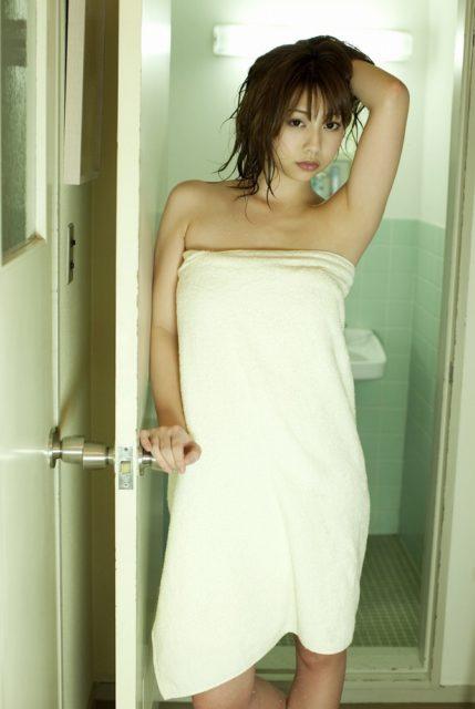小泉麻耶 画像040