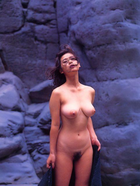 間宮沙希子 画像003
